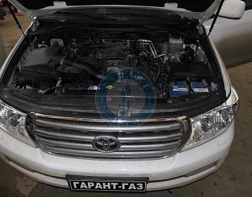Toyota Land cruiser 200 2010 года 288 л.с. 4664 фото 1