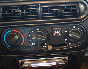 Toyota Land cruiser 200 2014 года 308.6 л.с. 4608 фото 1