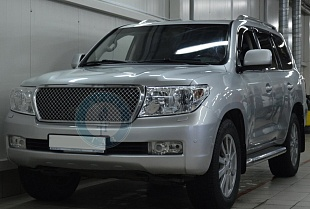 Toyota Land cruiser 200 2011 года 288.2 л.с. 4664